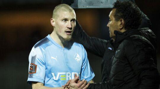 Randers FC-træner Ricardo Moniz har suspenderet Joni Kauko (tv) fra træningen på grund af finnens attitude, da han blev udskiftet fredag mod Sønderjyske.