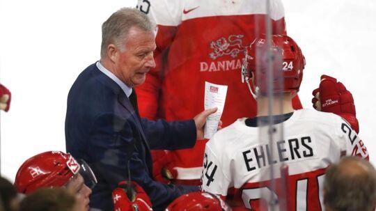 Svenskerne har gjort meget for dansk ishockey. Her er endnu en af dem, Danmarks svenske landstræner, Jan Karlsson (tv.)
