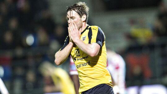 Pål Alexander Kirkevold er gået på vinterferie som nummer to på topscorerlisten. Men nummer et, Emiliano Marcondes fra FC Nordsjælland, skifter nu klub til engelske Brentford.