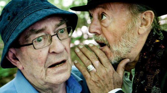 Benny Andersen og Paul Dissing har arbejdet sammen i 31 år. Her er de fotograferet i og omkring Benny Andersens arbejdsbolig i Lyngby.
