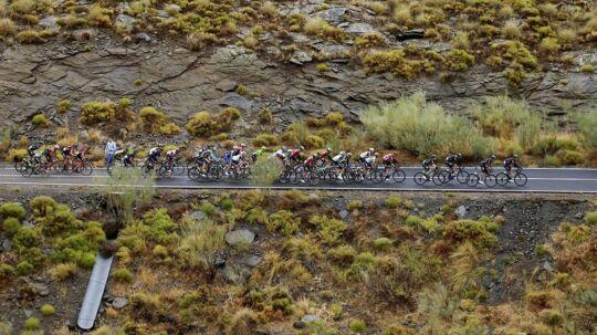 Det profesionelle cykelfelt har mistet endnu en rytter til døden.
