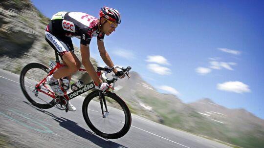 Jens Voigt ses her i sin tid som CSC-rytter under Tour de France.