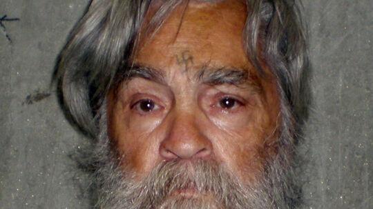 Det seneste billede af seriemorderen Charles Manson, som netop har fået afslag på sin ansøgning om prøveløsladelse.