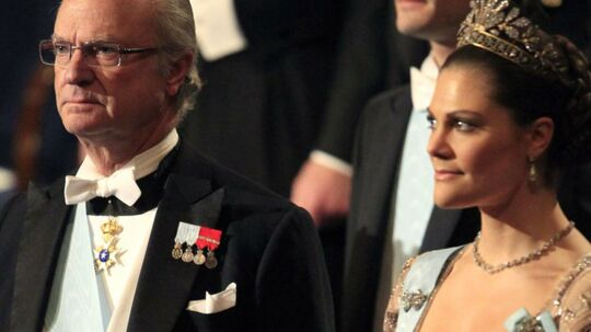 Den svenske kronprinsesse Victoria fortæller om den svære tid i det svenske kongehus.
