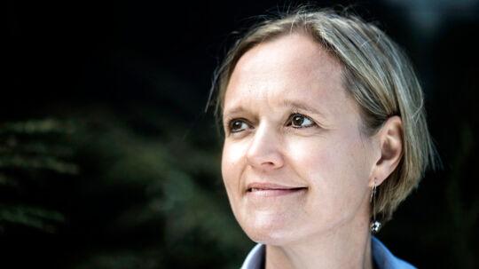 Beskæftigelses- og integrationsborgmester Cecilia Lonning-Skovgaard (V) har indtil videre ikke villet forholde sig til sagen om lovbrud i løntilskudbevillinger til Øens Murerfirma.
