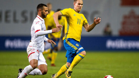 Football Soccer - 2019 European Under-21 Qualifications - Sweden v Malta - Olympiastadion, Helsingborg, Sweden - October 10, 2017 Malta's Dunstan Vella (L) and Sweden's Gustav Engvall are seen in action. TT News Agency/Bjorn Lindgren via REUTERS ATTENTION EDITORS - THIS IMAGE WAS PROVIDED BY A THIRD PARTY. SWEDEN OUT.