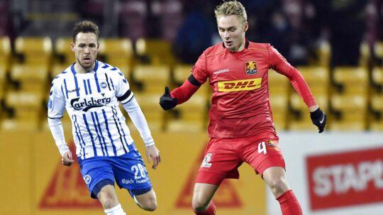 Victor Nelsson, FC Nordsjælland (4) og Anders K. Jacobsen, OB i aktion i Alka Superligakampen i Farum fredag den 16. februar 2018. . (Foto: Anders Kjærbye/Scanpix/Scanpix 2018)