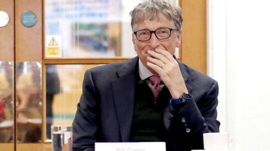 Bill Gates, tidligere topchef for Microsoft, tilkendegiver, at han og andre rigmænd burde betale mere i skat for at få et bedre samfund i USA, hvor han kritiserer Donald Trump. Arkivfoto: Jane Barlow, AFP/Scanpix