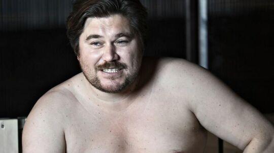 Efter optagelserne til John Mogensen-filmen sprang Rasmus Bjerg direkte videre til sit one-man-show 'Velbjerget'. Her er den 41-årige skuespiller fotograferet under prøverne til hans eget show september sidste år.
