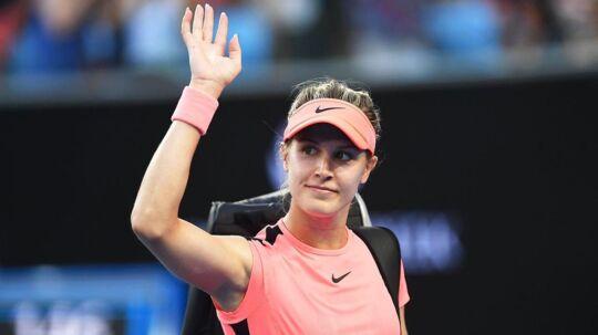 Eugenie Bouchard faldt i 2015 i et dunkelt træningslokale og fik hjernerystelse. Nu forlanger hun 'millioner og atter millioner' af arrangørerne af US Open.