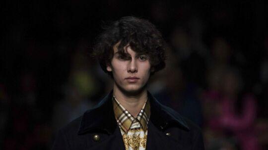 Her ses prins Nikolai til Burberry-modeshowet den 17. februar