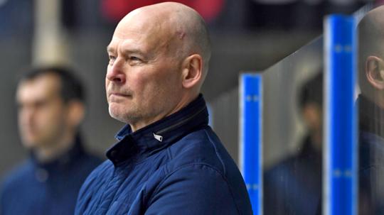Herning Blue Fox' cheftræner, den tidligere NHL-stjerne Petri Skriko, var i perioden 1993-99 med til at vinde fire danske mesterskaber med uldjyderne og havde et sublimt sammenspil med Todd Bjorkstrand.
