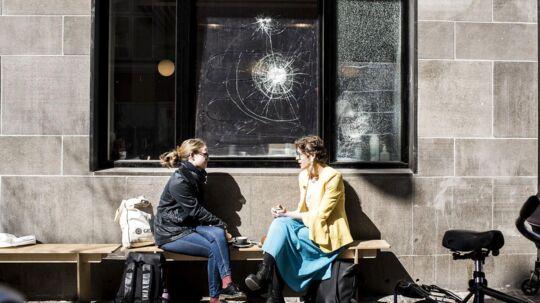 Smadrede ruder hos kaffebaren 'Andersen og Maillard'.