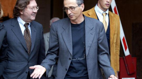 Ifølge en spansk cykellæge leverede den italienske læge Michele Ferrari (th.) doping til det spanske banelandshold i 1996. Scanpix/Nico Casamassima