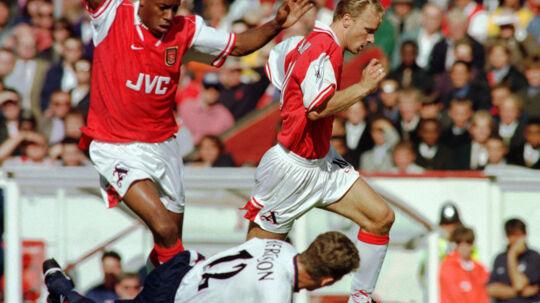 Ian Wright scorede 185 mål i 288 kampe for Arsenal. Den måltotal kan kun Thierry Henry overgå. Reuters/Greg Bos