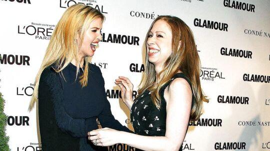 'Der findes intet overfladisk ved Ivanka'. Sådan sagde Chelsea Clinton i 2014 om sin bedste-veninde, Ivanka Trump. I dag, fire år sanereer de to kvinder ikke længere på talefod.