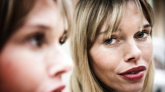I 'Forsidefruer' følger vi en række kvinder, der er kendt fra bladenes forsider, blandt andet Gunnvør Virgarsdóttir.