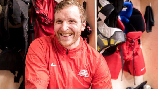 Frederik Storm var i højt humør efter Danmarks sejr på 3-2 i det indledende gruppespil ved VM i ishockey over Finland.