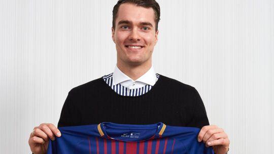 Casper U. Mortensen er skiftet til Barcelona.