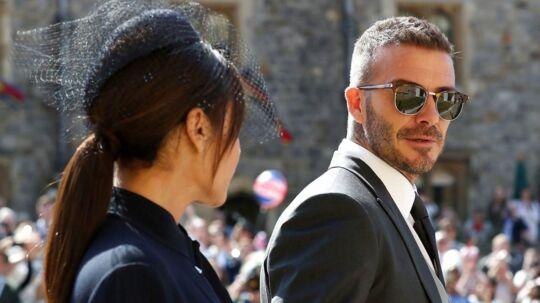 David Beckham og konen Victoria er på gæstelisten.