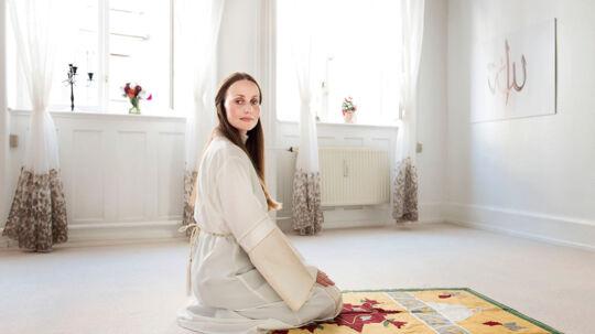 Sherin Khankan er imam. Hun opfordrer udlændinge- og integrationsminister Inger Støjberg (V) til at udvise tillid til ,av voksne mennesker selv kan vurdere, om de er i stand til at passe deres arbejde under muslimernes fastemåned ramadanen.