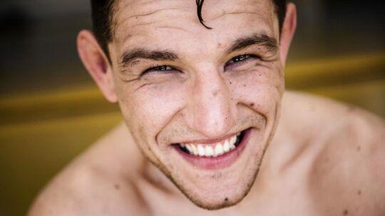Den danske MMA-fighter Damir Hadzovic er blevet tilbudt en kamp til det prestigefyldte UFC-stævne i Hamborg.