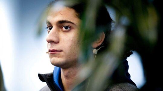 Digteren og den voldsdømte Yahya Hassan gjorde igen opmærksom på sig selv, da han afbrød et live-indslag under Royal Run i Aarhus mandag.