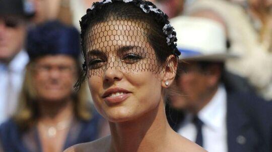 Fyrst Alberts niece Charlotte Casiraghi lavede en 'Pippa Middleton', da hun løb med al opmærksomheden til det nyligt overståede Monaco-bryllup.