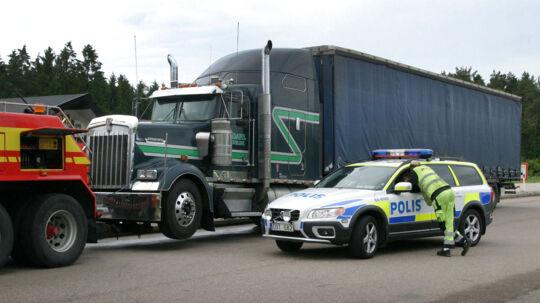 Chauffør fundet myrdet i Sverige. Der kan være tale om en dansk mand.