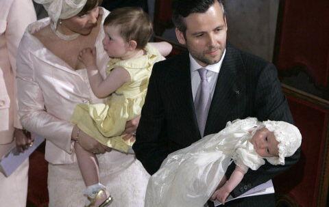 Prinsesse Märtha Louise- og Ari Behns yngste datter blev døbt Leah Isadora i Slotskapellet i Oslo i går.