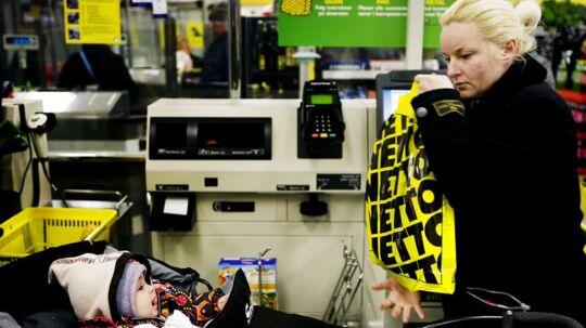 Dansk Supermarked - med blandt andet Netto, Føtex og Bilka - overtages af F. Salling i en manøvre, der giver A.P. Møller - Mærsk en avance på omkring 14 milliarder kroner.