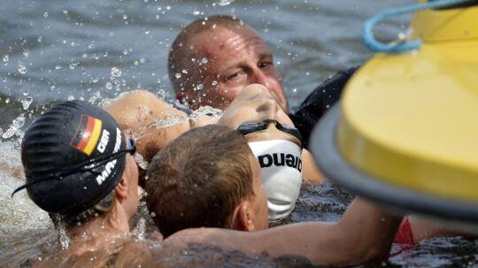 Den polske svømmer Natalia Charlos mistede pludselig bevidstheden ved svømme-EM i Berlin. Hun var i livsfare, men blev heldigvis reddet