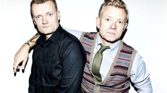 Casper Christensen og Frank Hvamudstillerhinandens mest private sideriet nyt 'two-men show', der har premiere i aften.