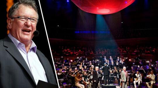 For under en måned siden optrådte Hans Otto Bisgaard atter som konferencier for DR's underholdningsorkester til Ledreborg Slotskoncert med 20.000 fremmødte. I går meddelte DR, at man nedlægger orkestret.