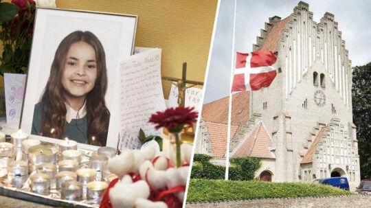 Sct. Albani Skole i Odense gav mandag eleverne mulighed for at mindes deres kammerat, 13-årige Natasha Torres Esquivel, som døde af de kvæstelser, hun fik, da en vanvidsbilist onsdag i sidste uge ramte den bil, hun sad i. Børnene sang, talte sammen, græd og tændte lys for at mindes.