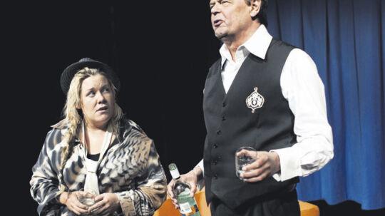 Linda P og Ulf Pilgaard som wannabe og tv-baron.