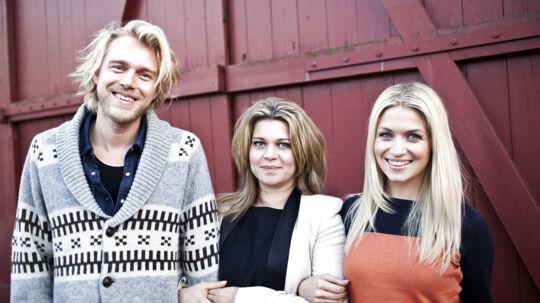 Sådan så værtstrekanten på TV2s nye program Weekend Weekend ud fra venstre Felix Scmith, Sara Bro og Christiane Schaumburg-Müller. Nu er det kun Felix Schmidt, der er tilbage fra det oprindelige hold.