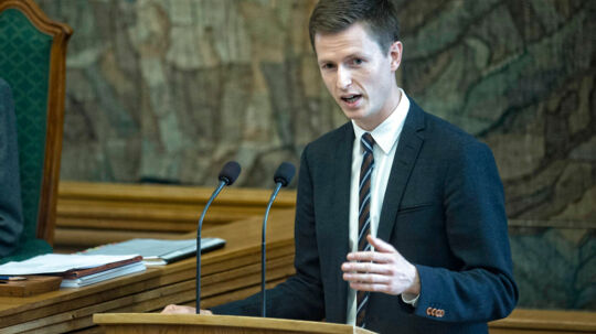 Jesper Petersen, Socialdemokraterne på talerstolen under 1. behandling af finansloven tirsdag d. 9 september 2014 i Folketinget. (Foto: Jens Nørgaard Larsen/Scanpix 2014)