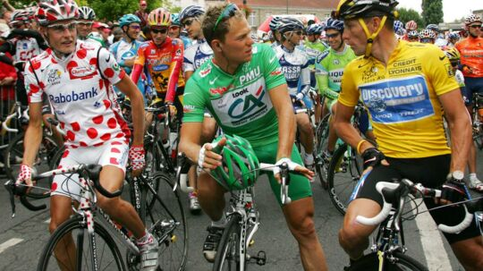 Thor Hushovd står her med Lance Armstrong og Michael Rasmussen, som begge er blevet knaldet for doping.