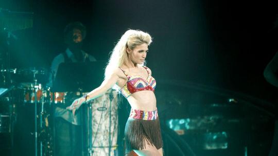 'Vild med dans'-værtinden Christiane Schaumburg-Müller i gang med hendes selvkoreograferede dans ved semifinalen.