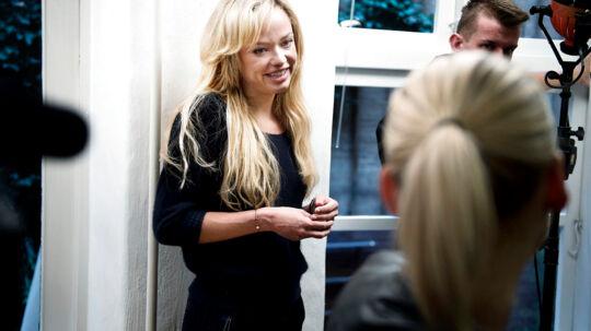 Laura Petersen og Klaus Riskær Pedersen har haft noget af et turbulent on-off-forhold. Her er Laura Petersen til Riskærs prøveløsladelse fra fængslet den 30. september i år.