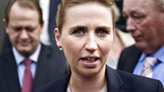 Beskæftigelsesminister Mette Frederiksen opfordrer arbejdsgiverne til at tage kontakt til jobcentrene for at få ledige danskere i job.