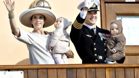 Kronprins Frederik og Kronprinsesse Mary tager tvillingerne Josephine og Vincent med til Australien.