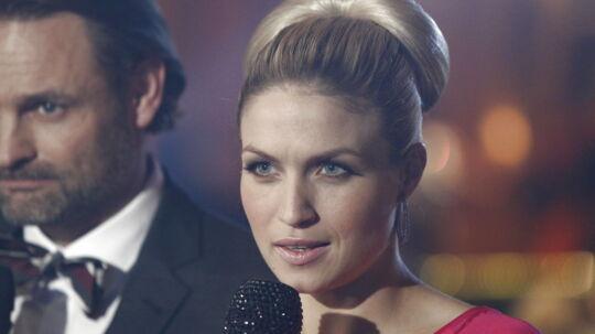 Rød løberIntroduktion til årets Vild med Dans 2011 - Værter Christiane Schaumburg-Müller og Claus Elming.