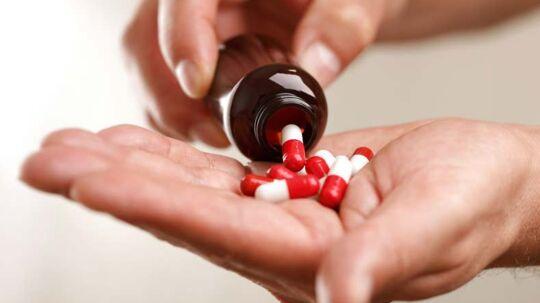 Rigtig mange danskere har ondt i maven, forstoppelse eller diarré – og mange ved ikke, at helt almindelig medicin kan være årsag til problemet.