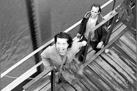 Björk og Peter Stormare – der fik den rolle, Viggo drømte om – i scene fra 'Dancer in the Dark'.