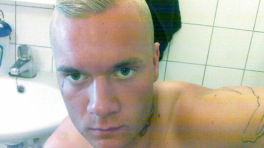 21-årig Jon Patorra mistede livet, efter at han tirsdag formiddag blev stukket ned på Jydeholmen i Vanløse ved København.
