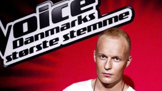 Voice-dommer Xander Linnet er ikke just seerfavorit, hvis man skal dømme efter de kommentarer, der strømmer ind til TV2.