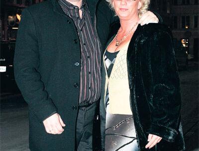 Var klar til at droppe Kandis: Johnny Hansen tilbød sin kone at stoppe med musikken p.g.a. rygter om utroskab .
