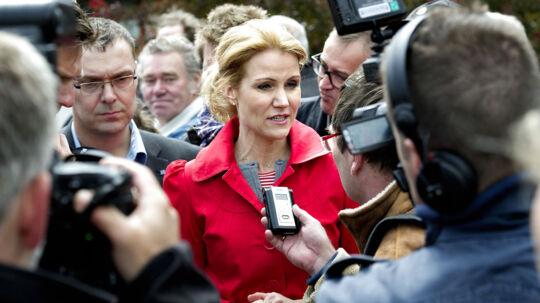 Statsminister Helle Thorning-Schmidt holder grundlovstale på Metalskolen Jørlunde tirsdag den 5. juni. Statsministeren efter talen. (Foto: Keld Navntoft/Scanpix 2012).
